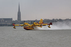 Amerrissage hydravion Canadair Bombardier CL415