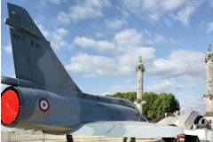 Bordeaux centenaire de l'aviation : Mirage 2000 place des Quiconces