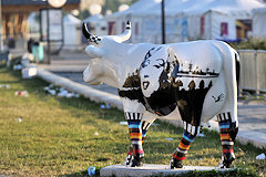 Cow Parade Bordeaux : Art'n' roll Cowllection, quai Louis WVIII