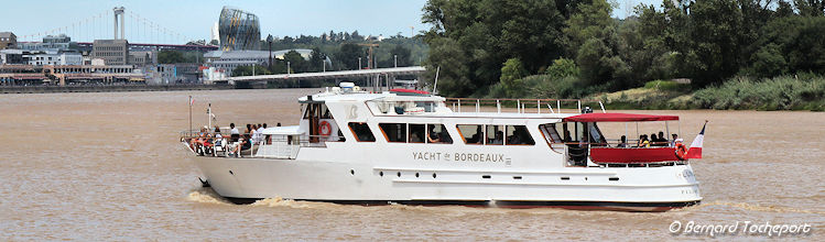 Luna Yacht de Bordeaux | Photo Bernard Tocheport