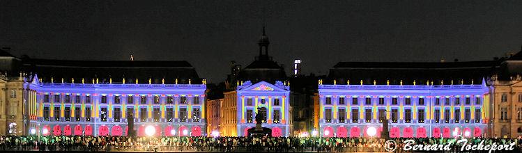 Son et lumière place de la Bourse à Bordeaux