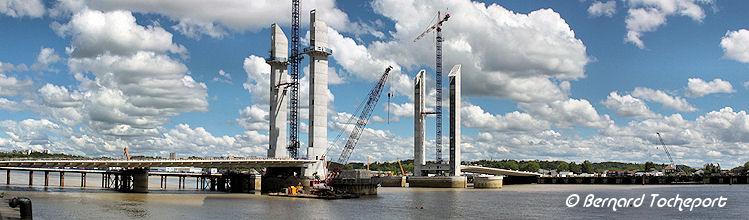 Bordeaux photos 2012 de la construction du pont levant for Construction bastide
