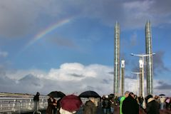Arc en ciel sur le pont Jacques Chaban Delmas -  photo 33-bordeaux.com