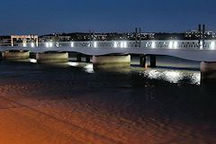 Un éclarage à diodes pour le pont Eiffel -  photo 33-bordeaux.com