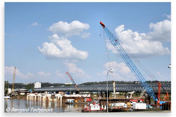 Bordeaux pose de pieux dans la garonne avant construction du pont ferroviaire - Pont ferroviaire de bordeaux ...