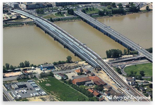 Bordeaux vue a rienne des ponts ferroviaires et du pont saint jean photo be - Pont ferroviaire de bordeaux ...