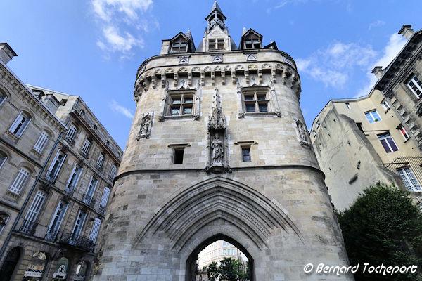 Bordeaux perspective sur la porte cailhau photo bernard for Porte cailhau
