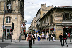 Bordeaux angle rue Sainte Catherine et cours Victor Hugo | Photo 33-bordeaux.com