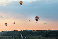 Montgolfiades de Saint Emilion, 8 ballons en vol | Photo 33-bordeaux.com