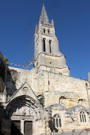 Saint Emilion église monolithe et son clocher