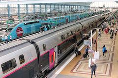 Bordeaux saint jean la gare de la lgv 2 heures de train for Interieur ouigo